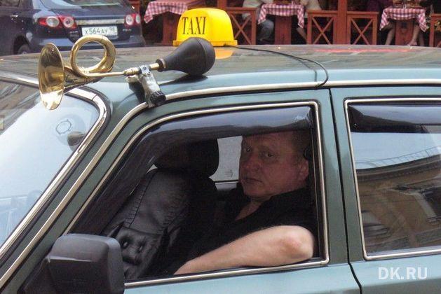 Депутаты нижегородского заксобрания отменили требование желтого цвета для такси