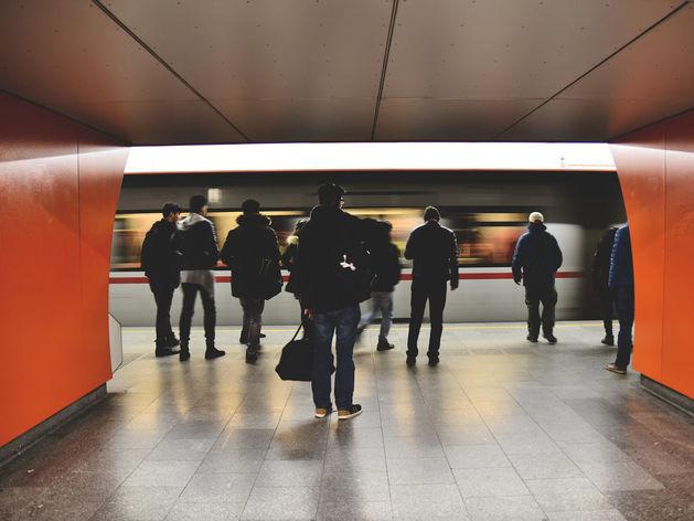 Подрядчик перенёс сроки проходческих работ на станции метро «Стрелка»