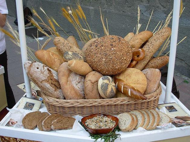 Мать депутата Бочкарева наладила поставки хлеба в детсады и школы Нижнего Новгорода