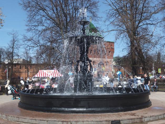 «В черном цвете». Как открывали центральный фонтан Нижнего Новгорода. ФОТО