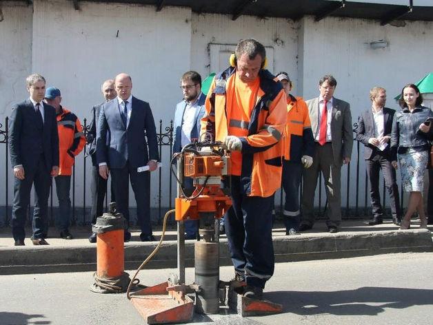 «Контроль за ремонтом дорог будет жестким». Мэр Нижнего Новгорода проверил ямочный ремонт