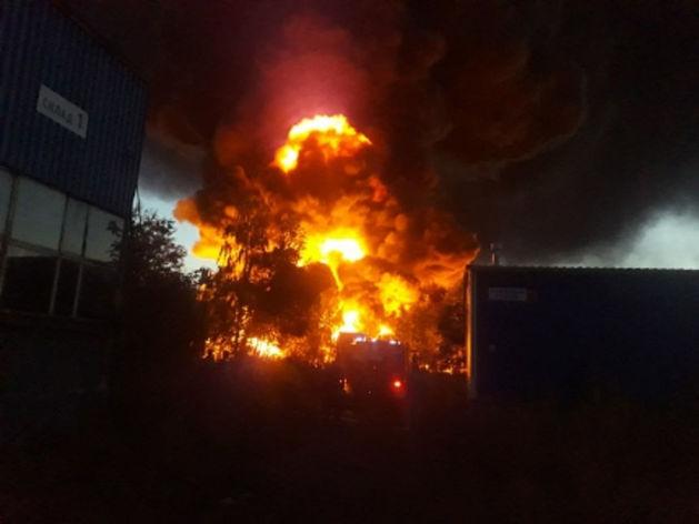 пожар в Кудьминской промзоне в Богородском районе