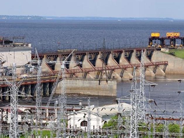 Водосливная плотина Нижегородской ГЭС