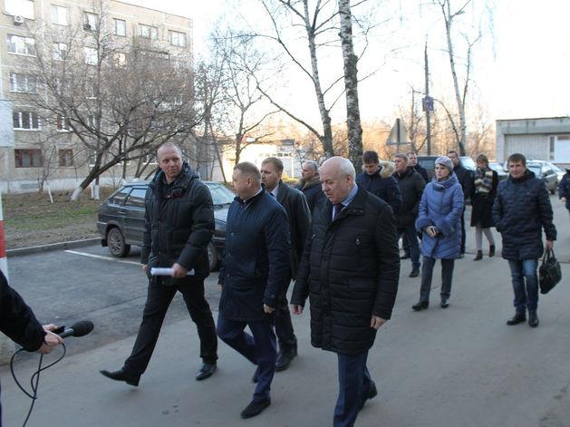 Площадки для воркаута и баскетбола появились во дворах по ул. Снежная и Радио