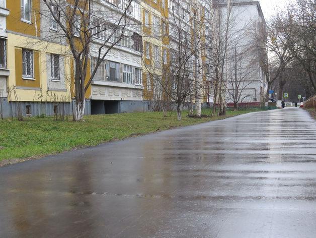 Тротуар отремонтировали в Автозаводском районе по просьбам местных жителей