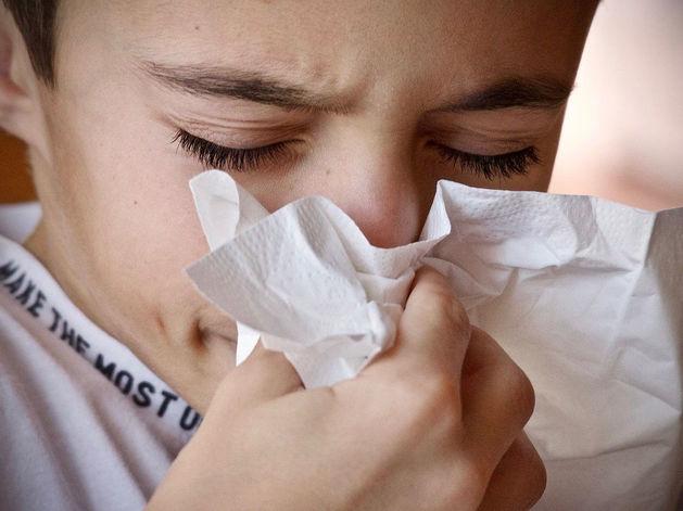 Эпидемия гриппа и ОРВИ: почти 50 школ города закрыты на карантин