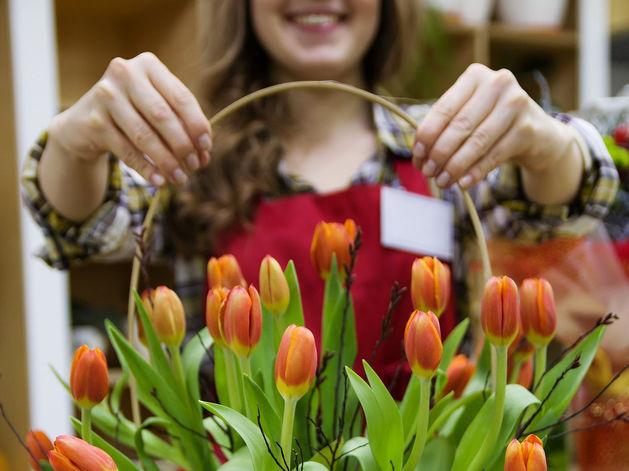 К 8 марта НБД-Банк запустил акцию «8 подарков» по расчетно-кассовому обслуживанию