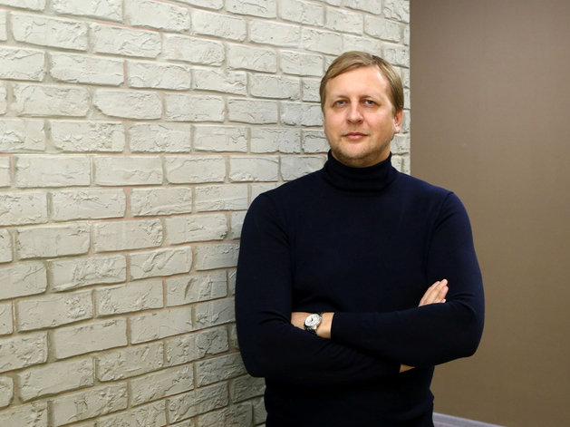Юрий Молинов