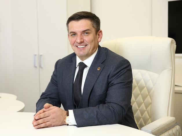 Руслан Халилов
