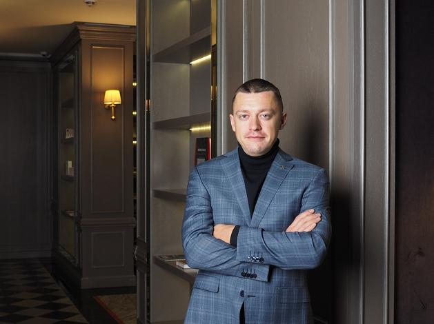 Эдуард Бугров